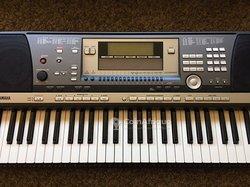 Piano Yamaha PSR 640