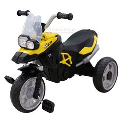 Tricycle moto