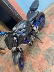 Moto Yamaha MT07 2017