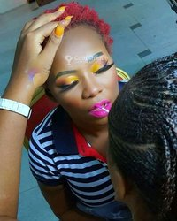 Service de maquillage