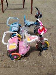 Vélo tricycle bébé