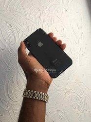 iPhone X 64 Go
