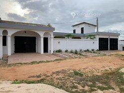Location Villas 9 pièces - Baguida Lomé
