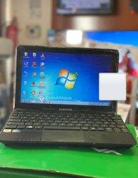 Mini ordinateur portatif Samsung