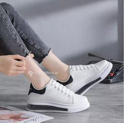 Chaussures McQueen Black-with