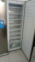 Congélateur vertical 8 casiers