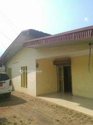 Vente Maison 6 Pièces 500 m² - Nsimeyong