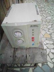 Régulateur de tension 5000 watts