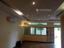 Location villa  7 pièces à  Calavi Arconville