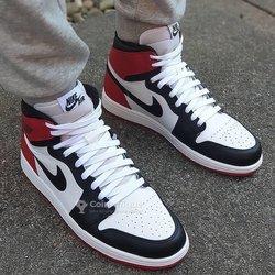 Baskets Jordan One