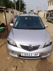 Location Mazda 2