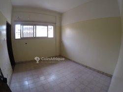 Location bureaux & commerces 600  - Lomé