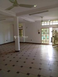 Location Bureau - Erevan Cotonou
