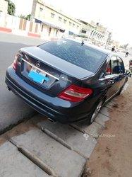 Mercedes-Benz C300 2012