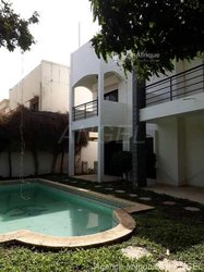 Location villa R+2 - Almadies