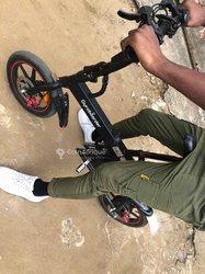 Vélo électrique Gyrpbord