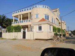 Location Appartement 5 pièces - Cotonou