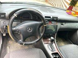 Mercedes-Benz C 2004