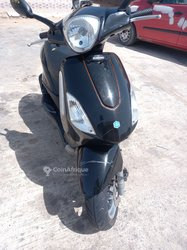 Scooter Piaggio Fly 4T 50