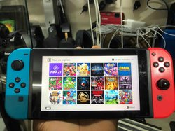 Nintendo switch cracké à 20 jeux - accessoires
