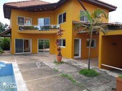 Location villa 5 pièces  - Centre ville