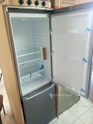 Réfrigérateur combiné 285L