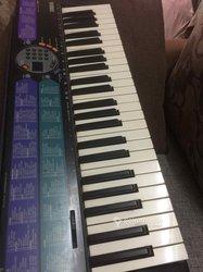 Piano  Yamaha PSR - 73