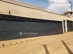Location studio meublé - Yaoundé