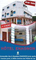 Vente  immeuble R+2 à Akpakpa