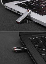 Clé USB 2 - 2 To