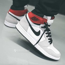 Baskets Air Jordan One