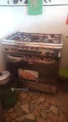 Cuisinière à four multi fonction à 5 feux