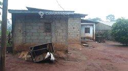 Vente villa inachevée 5 pièces - Yaoundé