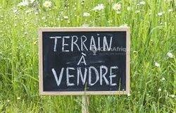 Terrain 700 m² -Audouin Senté