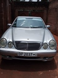 Mercedes-Benz CLK 2003