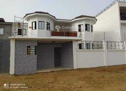 Vente Villa 8 Pièces 500 m² - Cocody
