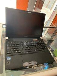 PC Toshiba core i5