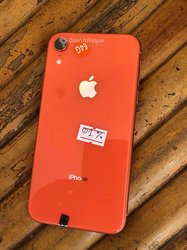 iPhone XR -  64 Go