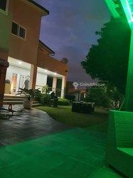 Vente Villa duplex 10 pièces - Cocody Riviera