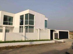 Location villa 5 pièces - Riviera  Synacassi
