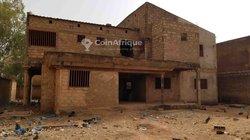 Vente Villa duplex inachevée 13 pièces - Ouagadougou quartier Kilwin