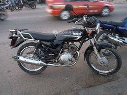 Moto Yamaha YBR 2016