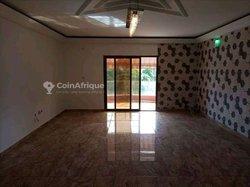 Location appartement 3 pièces - Cocody Riviera