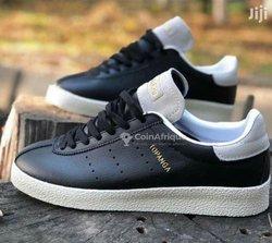 Chaussures Adidas Topanga