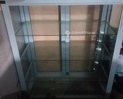 Caisse vitrée