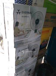 Ventilateur Evernal mural
