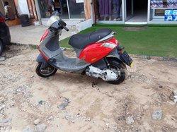 Scooter Piaggio Zip 2008