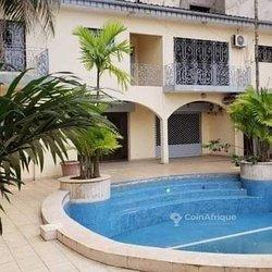 location villa duplex 7 pièces -  Bastos Yaoundé