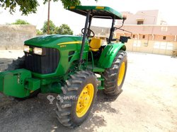 Tracteur AC 427 2000