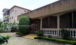 Vente Villa 6 Pièces 1000 m² - Omnisport